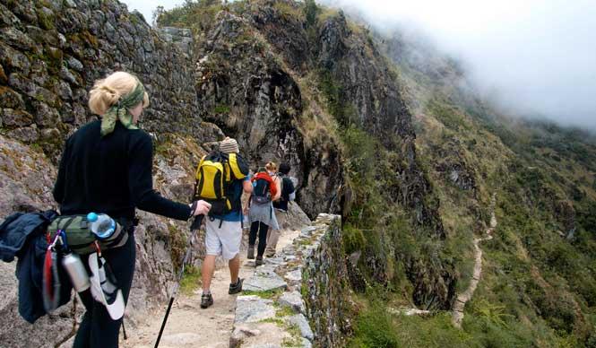 caminata por el camino inca a tours machu picchu