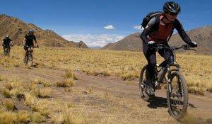 4 x 144   tours machu picchu camino inca clasico 2 dias - tour inca trail machupicchu - trekking inca trail to machu picchu - inka jungle trek a machupicchu - montaña en bicicleta a machupicchu tours
