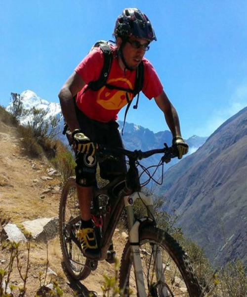 day tour cusco machu picchu mountain biking peru trek