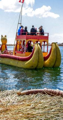 viajes a puno uros lago titicaca toursperumachupicchu.com