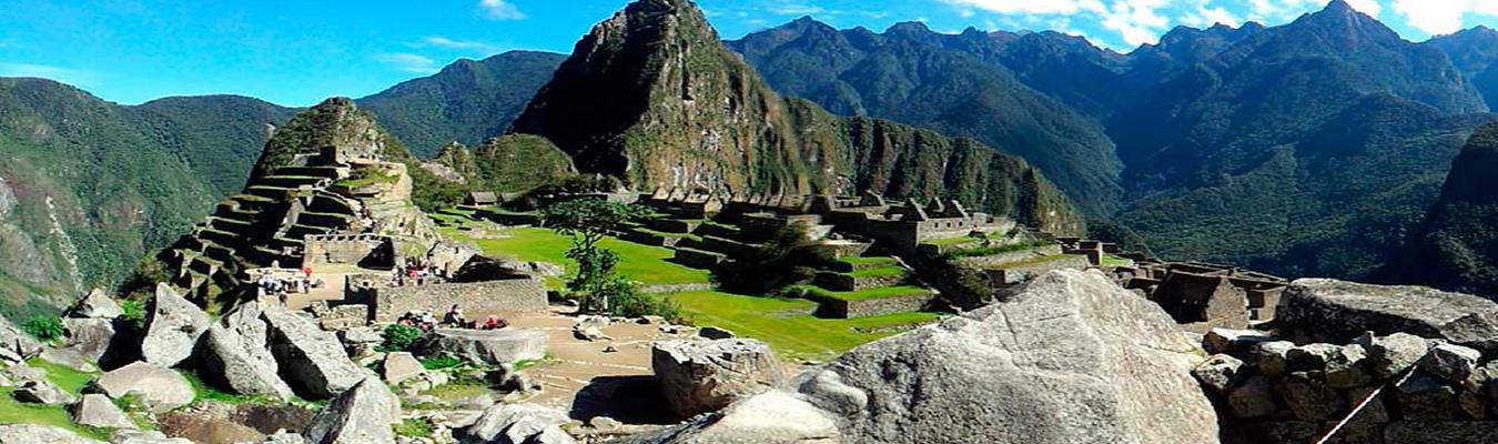 Tours Machu Picchu en bus con Waynapicchu toursperumachupicchu.com